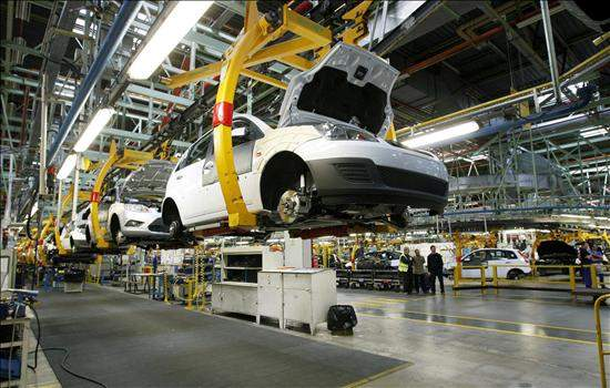 autos coches industria fábrica